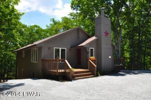 123 Eagle Crest Rd, Greentown, PA 18426