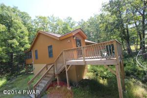 283 West Lakeview Dr, Lackawaxen, PA 18435