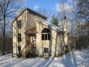 121 Rocky Rd, Lackawaxen, PA 18435