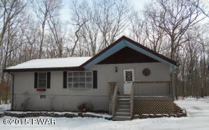 118 Forest View Dr, Hawley, PA 18428
