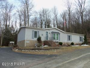 179 Granite Dr, Greentown, PA 18426
