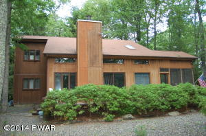 800 Osprey Court, Lords Valley, PA 18428