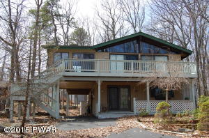 106 Corral Lane, Lords Valley, PA 18428