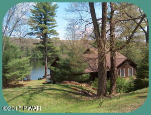 50 Covered Bridge Dr, Hawley, PA 18428