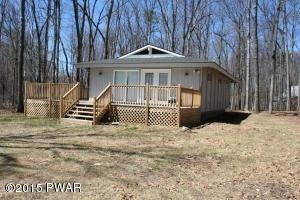 263 Forest Ridge Dr, Hawley, PA 18428