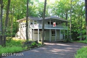 108 Cottonwood Ln, Greentown, PA 18426