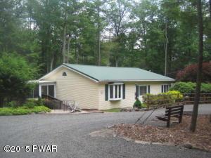 257 Lakeshore Dr, Lakeville, PA 18438