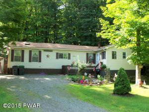 131 South Granite Dr, Greentown, PA 18426