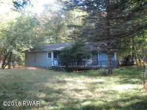 330 Oak Hill Rd, Hawley, PA 18428