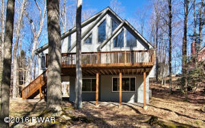 1294 Brookfield Rd, Lake Ariel, PA 18436