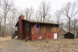 112 Wintergreen Cir, Greentown, PA 18426
