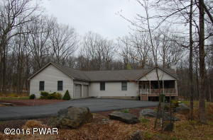 804 Wren Court, Lords Valley, PA 18428