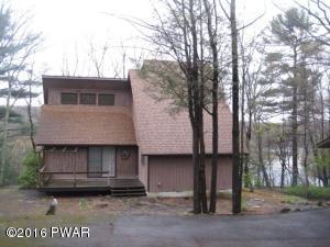 140 Broadmoor Dr, Hawley, PA 18428