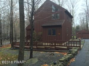 100 Cedar Ln, Greentown, PA 18426