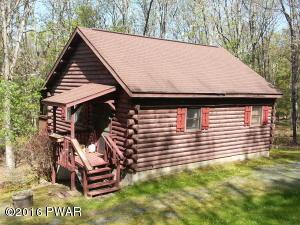 112 Fawnwood Ct, Hawley, PA 18428