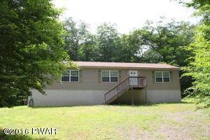 144 Timber Ridge Cir, Greentown, PA 18426