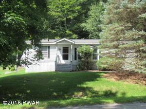 108 Southerton Ln, Greentown, PA 18426