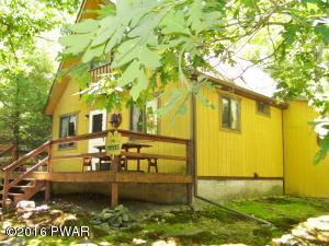 107 Tanager Rd, Lackawaxen, PA 18435