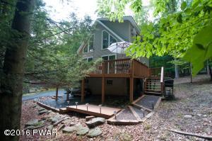 1034 Cottage Ln, Lake Ariel, PA 18436