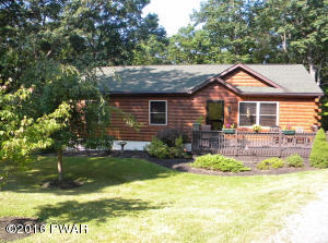 LOG SIDED HOME MOVE IN CONDITION