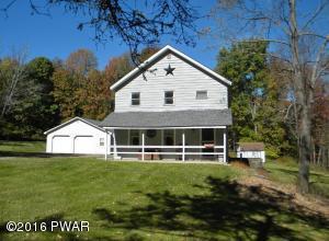 Farm house on 1+ acres