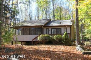 42 Lakeview Dr, Lake Ariel, PA 18436