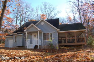 107 Canterbrook Drive, Lords Valley, PA 18428