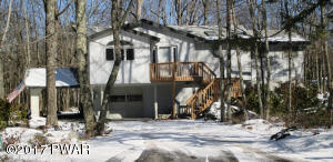 133 Comstock Dr, Lords Valley, PA 18428