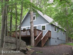 113 Hickory Dr, Lords Valley, PA 18428