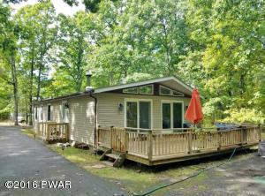 195 Robin Way, Lackawaxen, PA 18435
