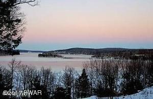 Winter view of Lake Wallenpaupack