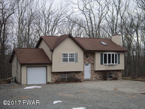 124 Rainbow Dr, Lackawaxen, PA 18435