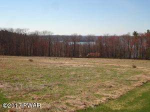 21 Calico Point Drive, Paupack, PA 18451