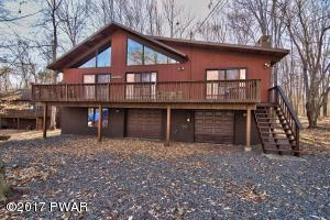 1056 Lake Shore Dr, Lake Ariel, PA 18436