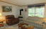 129 Granite Dr, Greentown, PA 18426