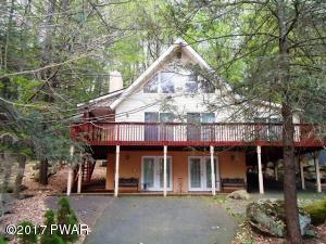 2004 Roamingwood Rd, Lake Ariel, PA 18436
