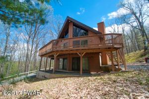 135 Beartrap Mountain Rd, Greentown, PA 18426