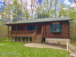 102 Sunfish Ln, Greentown, PA 18426