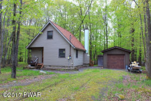 2734 Stony Ct, Lake Ariel, PA 18436