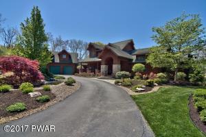 164 Windsor Way, Roaring Brook Township, PA 18444