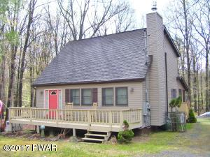 256 Forest Ridge Dr, Hawley, PA 18428