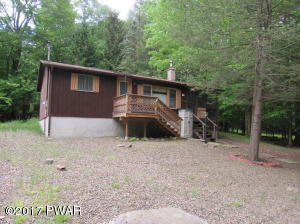 36 Honey Bear Rd, Lake Ariel, PA 18436