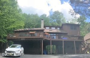 2012 Roamingwood Rd, Lake Ariel, PA 18436
