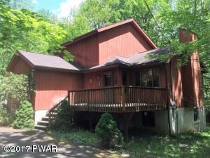1470 Woodcrest Ln, Lake Ariel, PA 18436