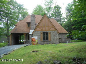 101 Cherry Point Cir, Canadensis, PA 18325