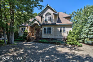 2932 Fairway Dr, Lake Ariel, PA 18436