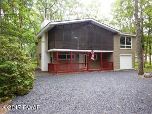 808 Paddock Ct, Lords Valley, PA 18428