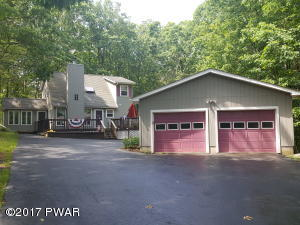 157 White Tail Cir, Hawley, PA 18428