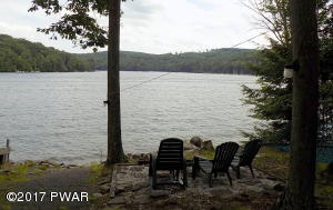 76 Shore Dr, Lake Ariel, PA 18436