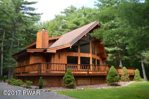 120 Steamboat Springs Ln, Tafton, PA 18464
